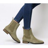 shop for UGG Hillhurst Boot ANTILOPE at Shopo