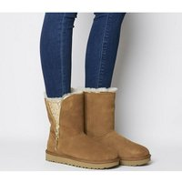 shop for UGG Classic Zip Boot CHESTNUT at Shopo