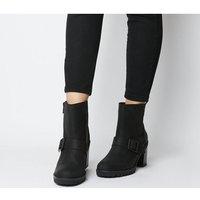 shop for UGG Fern Ankle Boot BLACK at Shopo