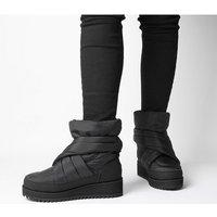 shop for UGG Montara Boot BLACK at Shopo