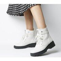 shop for UGG Daren Hiker Boot WHITE SNAKE at Shopo
