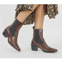 shop for Vagabond Betsy Heel Chelsea BROWN at Shopo