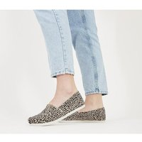 shop for Toms Seasonal Classic Slip On LEOPARD at Shopo