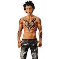 Figurines personnages Banpresto Figurine one piece - trafalgar law black version jeans freak vol04 16cm