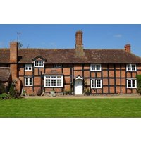 Two Night Break for Two at Moor Court Farm - Farm Gifts