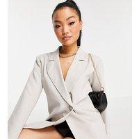 4th & Reckless Petite oversized sleeve blazer in light oatmeal-White
