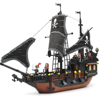 Pirates Ship 652 pcs Bricks Black Pearl Blocks Sets Toys For Children Fit Lego