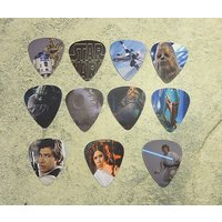 set-of-11-star-wars-single-sided-picture-guitar-picks-ready-to-ship-out-today