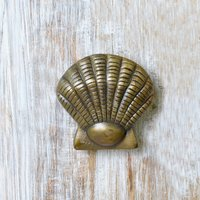 casa-decor-antique-sea-shell-shape-metal-door-knocker