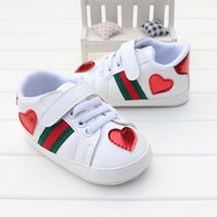 Baby Boys Girls Walking Shoe Newborn Baby Red Heart Toddler Shoe 0-18M Baby G194