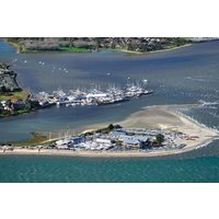25 Minute Towers and Tall Ships Helicopter Tour - Helicopter Gifts