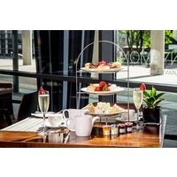 2 For 1 Sparkling Cocktail Afternoon Tea At Hilton London Canary Wharf Picture
