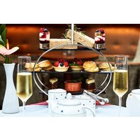 Afternoon Tea with Bottomless Bubbles for Two in London - Afternoon Tea Gifts