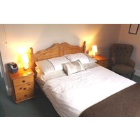 One Night Break with Dinner at The Old Cider House 4* Guesthouse - Cider Gifts