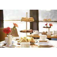 Afternoon Tea on the Thames with Moet and Chandon Champagne for Two - Champagne Gifts