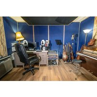 Music Production Experience at Blue Room Studios - Music Gifts