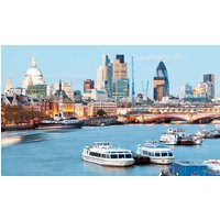 Westminster Sightseeing Cruise on the Thames for Family of Five – Return Trip - Thames Gifts