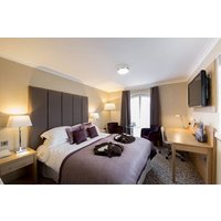 Two Night Break At Lion Quays Waterside Resort Picture