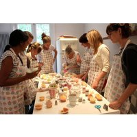 Cookie Girl Cupcake Decorating Class for One - Decorating Gifts