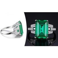Image of 3.1ct Simulated Gemstone Ring 6 Sizes