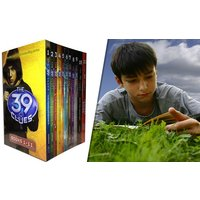 39 Clues 11-Book Set Plus 66 Digital Game Cards Codes