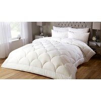10.5 Tog Soft Silk Feel Summer Duvet - 4 Sizes