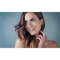Damen-Haarschnitt, opt. mit Strähnchen bei Hair and Beauty Salon und Traditional Barber Shop