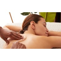 60 Min. Aromaöl-, Wellness- oder Sport-Massage bei Wellness und Body Care