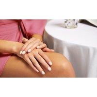 Maniküre inkl. Handbad und Zucker-Peeling-Massage am Steintor (bis zu 59% sparen*)