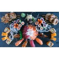 Sushi-Platte mit Vorspeise und Dessert für 2 oder 4 Personen im Hanoi Deli Berlin (bis zu 34% sparen*)