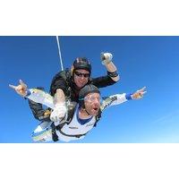 Wertgutschein über 100 € anrechenbar auf einen Tandemsprung aus 4000 m Höhe mit Skydive Saulgau für