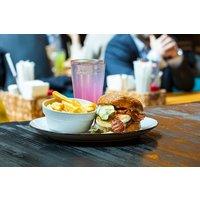 Burger inkl. Pommes frites und Dessert für Zwei oder Vier im Restaurant Die Kuh die lacht-Mannheim (bis zu 44% sparen*)