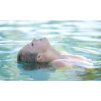 Tageskarte Sauna und Schwimmen + 25 Minuten in der Meersalzgrotte im Bad Meinberger Badehaus (bis zu 53% sparen*)