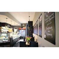 Hausgemachte Manti mit Hackfleischfüllung für 1 oder 2 Personen zum Abholen im Café Sevo