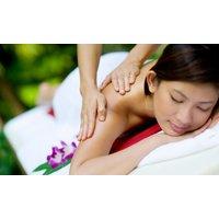 60 Minuten Thai-Massage und 30 Minuten punktuelle Kräuter-Pressur im Massagestudio für ThaiMassage