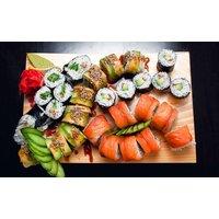 Sushi-Box nach Wahl mit Suppe und Spinat-Salat für 1 oder 2 Personen bei Sushi Express