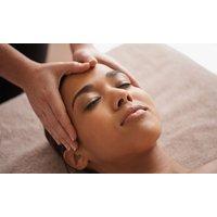 Kopf- und Gesichts-, Fußreflexzonen- oder Kräuterstempel-Massage oder Fango bei Go Asia Massage