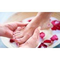 Groupon DE Fußpflege inkl. Fußbad und Massage bei Beauty Klinik - Spa (bis zu 44% sparen*)