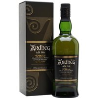 70cl / 46.6% / Distillery Bottling - The first addition to Ardbeg's ongoing range for a decade when introduced in 2017, An Oa is a combination of spirit aged in Pedro-Ximenez sherry casks and bourbon barrels. Married in a French-oak marrying vat, this is rounded and smoky with notes of toffee, aniseed, date and banana.
