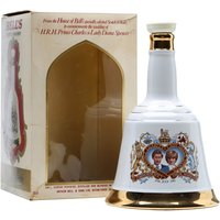 75cl / 43% - A limited edition Bell's ceramic decanter produced to celebrate the wedding of Prince Charles and Lady Diana Spencer in 1981.