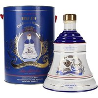 75cl / 43% - A ceramic Bell's decanter produced to celebrate the birth of the Duke and Duchess of York's second child, the Princess Eugenie, in 1990.