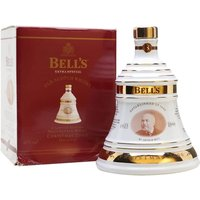 70cl / 40% - The Christmas 2000 edition of the Bell's commemorative decanter series.  As is traditional, it contains Bell's Extra Special 8 year old whisky.