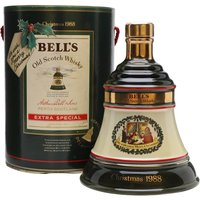 75cl / 43% - The 1988 release of Bell's then annual Christmas Decanter series. The decanter contains Bell's Extra Special 8 year old blended Scotch whisky.
