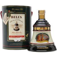 70cl / 40% - A Bell's ceramic decanter, released to celebrate Christmas 1991. Part of the now defunct annual series, this contains Bell's Extra Special 8 year old blended Scotch whisky.