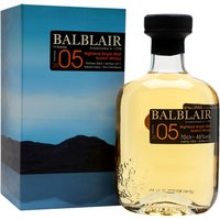 70cl / 46% / Distillery Bottling - This is the second release of 2005-vintage whisky from Balblair, bottled in 2017. The distillery is one of few to bottle by vintage rather than age, and this is sweet and spicy with notes of toffee and vanilla.
