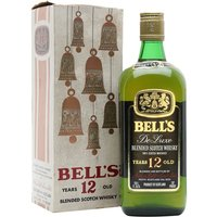 75.7cl / 40% - A rare old square bottle of Bell's from the 1970s.