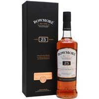 70cl / 43% / Distillery Bottling - A long-aged distillery-bottled Bowmore, a large proportion of the casks used to assemble this 25yo are ex-sherry, giving sweetness and depth to this complex, fruity Islay malt.
