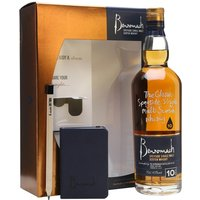 70cl / 43% / Distillery Bottling - This gift pack contains a bottle Benromach's highly regarded entry-level 10-year-old whisky, a note book and a pencil, so you can 'enjoy a dram and share your thoughts'. A creamy and toasty whisky with light smoky notes.
