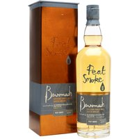 70cl / 46% / Distillery Bottling - Benromach Peat Smoke distilled in 2007 is part of the small number of batches of peated whisky produced at the Speyside distillery.  With a level of 62ppm, this is seriously smoky with notes of liquorice, orange (without water) or grapefruit (with water).