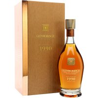 70cl / 43% / Distillery Bottling - 1990 is the first release in Glenmorangie's Bond House No.1 Collection, which will be a series of single-vintage whiskies. This has been aged in a combination of sherry and bourbon casks and is creamy and elegant with notes of orange, vanilla and menthol.